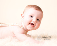 6 month milestone portrait session