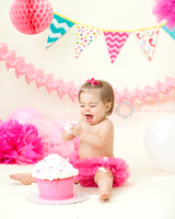 Baby photographer RI celebrates baby's first birthday with adorable pictures