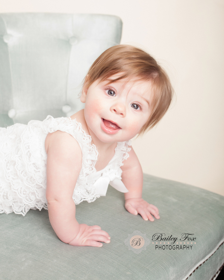 Full Service Photography Studio Offering Newborn Baby Senior