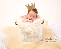 RI NEWBORN PHOTOGRAPHY